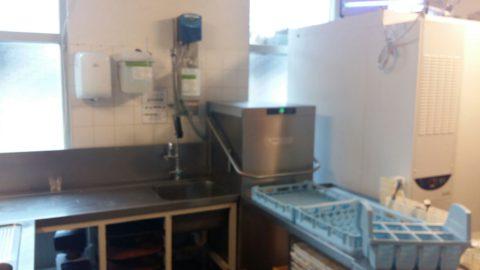 vaatwasmachine, hobart, wasstraat, waterontharder,lubron, vaatwasser, excellent doseerstation, granulaat, naglans, doorschuif,doorschuiver